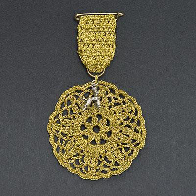 meetthemaker day 17, goud, medaille, poedel, bedeltje