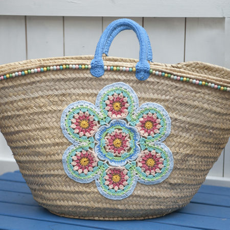 strandtassen riet beachbag mandala bloem softcolour gehaakt kralen Ibiza