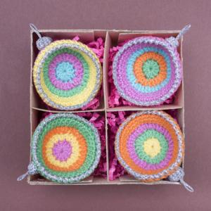 kerstballen,kerst, ballen, haken, kleurig, crochet, doosje, häklen, vier, katoen, lurex, zilver