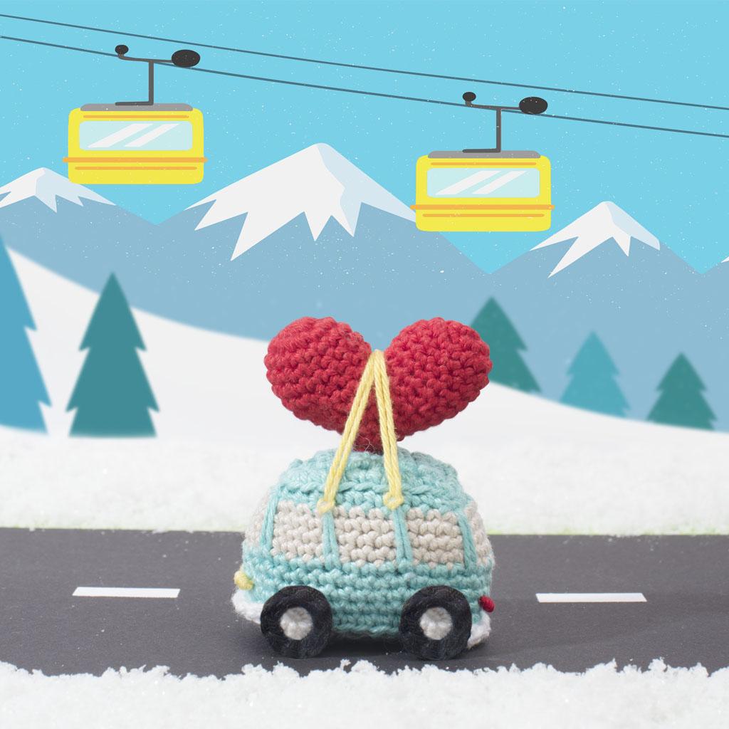 haakpatroonvw-busje met hartje, gehaakt, haakpatroon, hartje, vw busje, rood, sneeuwlandschap, zwitserland
