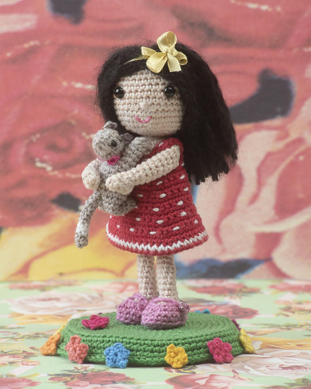 doll with kitten, crochet pattern, cotton,